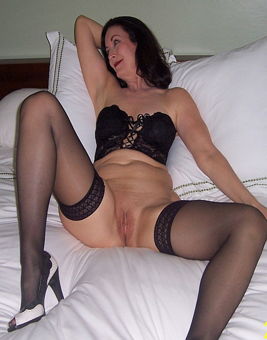 bettie_page, 62 ans (Avignon)