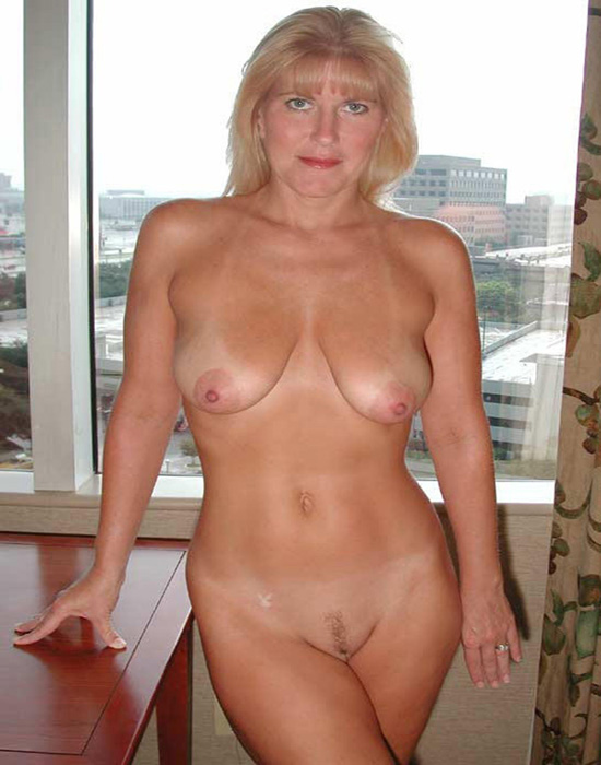 Joséphine, 50 ans (Tourcoing)